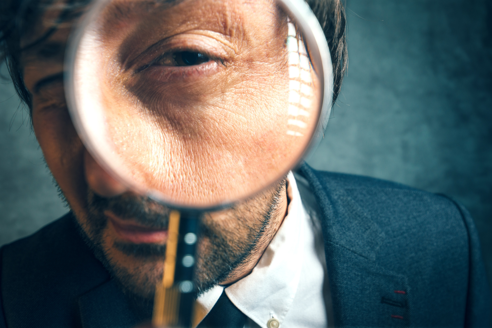 How To Improve Your Focus: 6 Tactics To Stay On Task