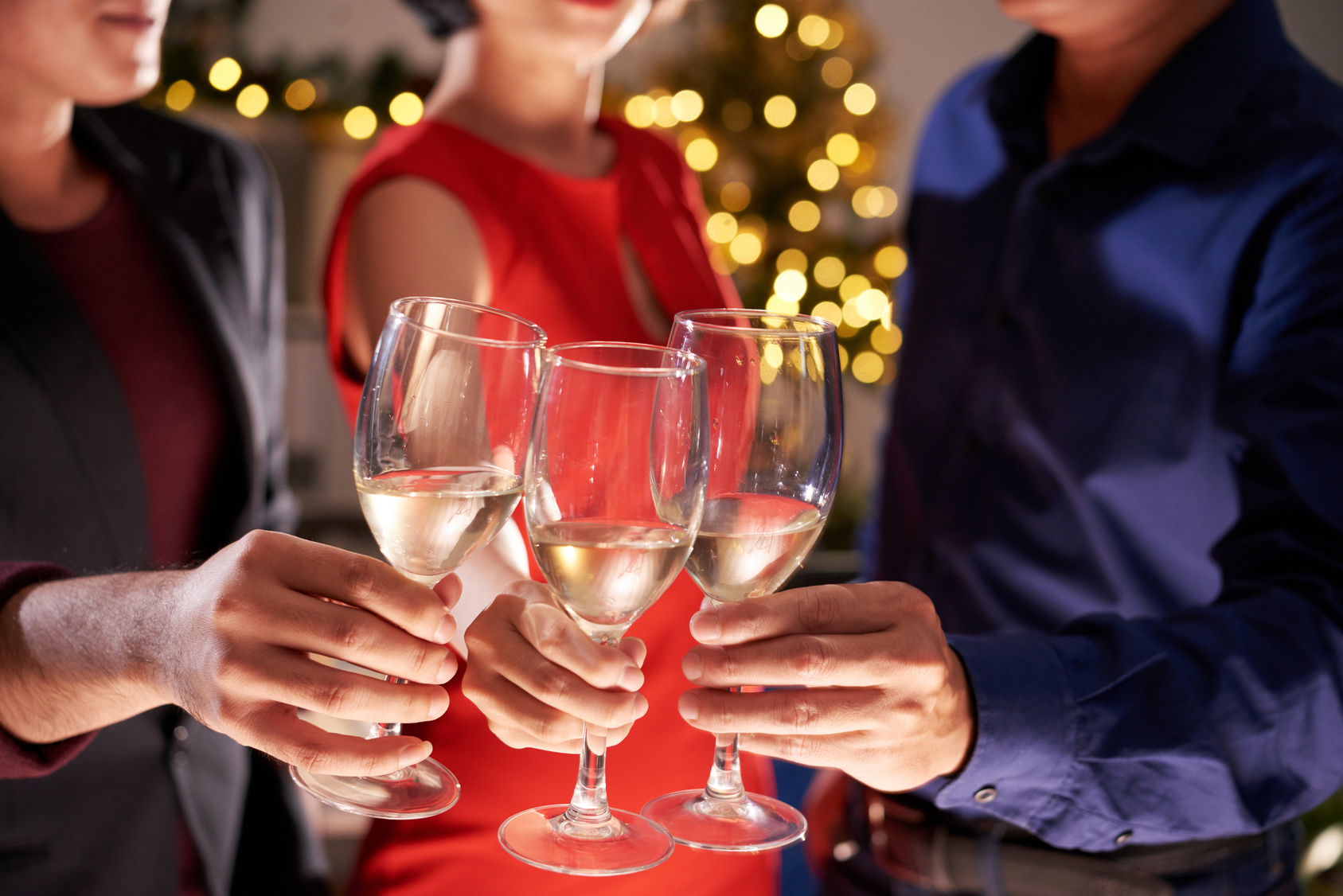 How to Throw a Holiday Party on the Cheap